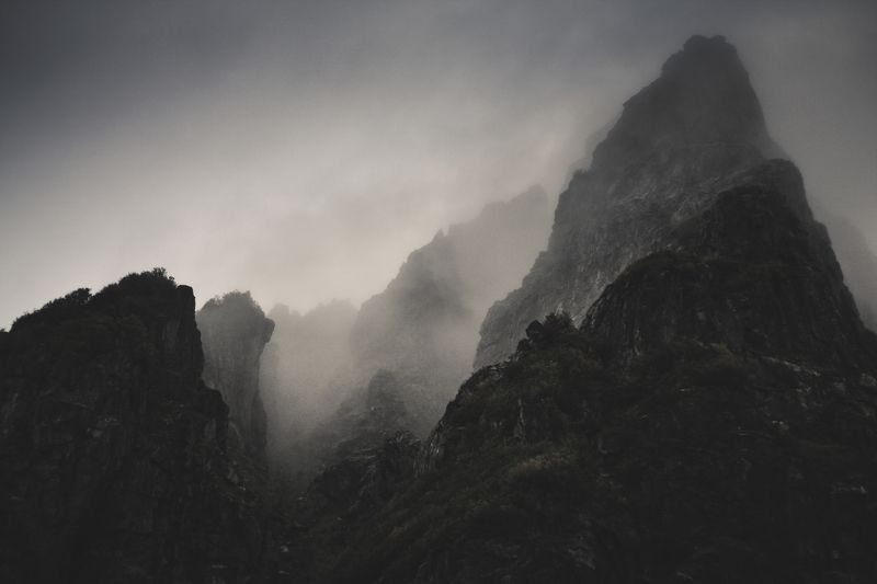 mountains, norway, норвегия, природа, горы, darkness, темнота, lofoten, tolkien, џ. р. р. толкин, путешествовать, нуар Rebirth of the Dark Agesphoto preview