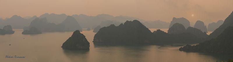 природа, путешествия, закат, горы, ha long Там, где дракон спустился в мореphoto preview