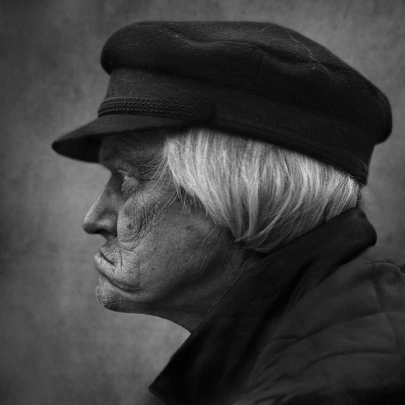 портрет, улица, город, люди, street photography,лица недовольныйphoto preview
