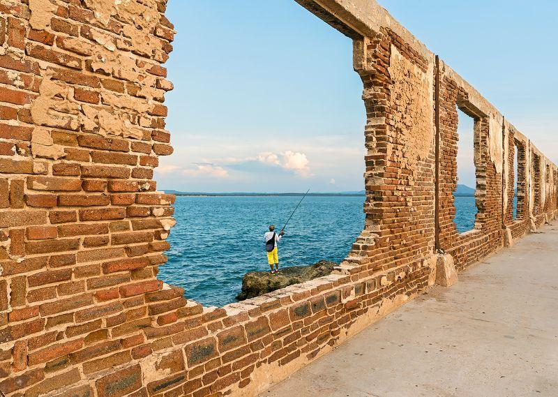 fisherman, ocean, clouds, sky, house, ruins, bricks,waves, sunset Fishermanphoto preview