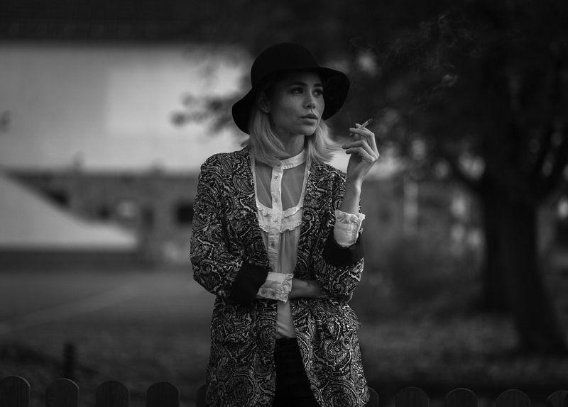 portrait, b/w, black and white, bokeh, art, fashion Marlenaphoto preview