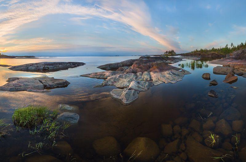 ладожское озеро, карелия, шхеры, природа, скалы, вода, остров, гранит, рассвет, облака, Глубинаphoto preview