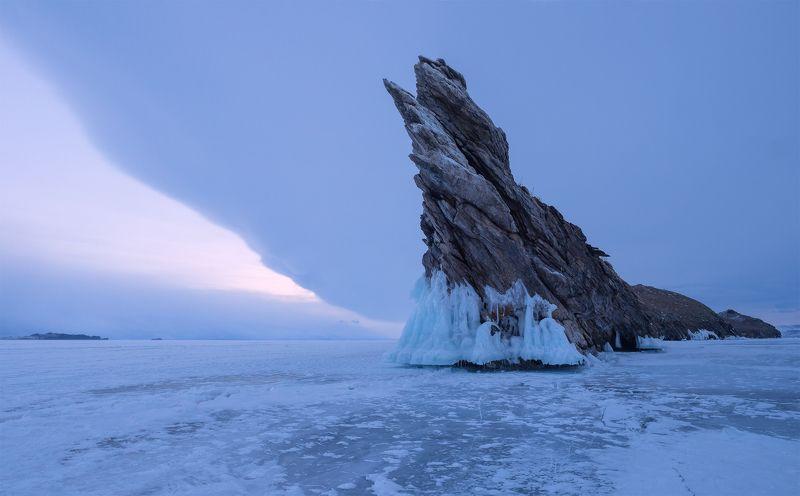 ....Лёд и скалы Байкала...photo preview
