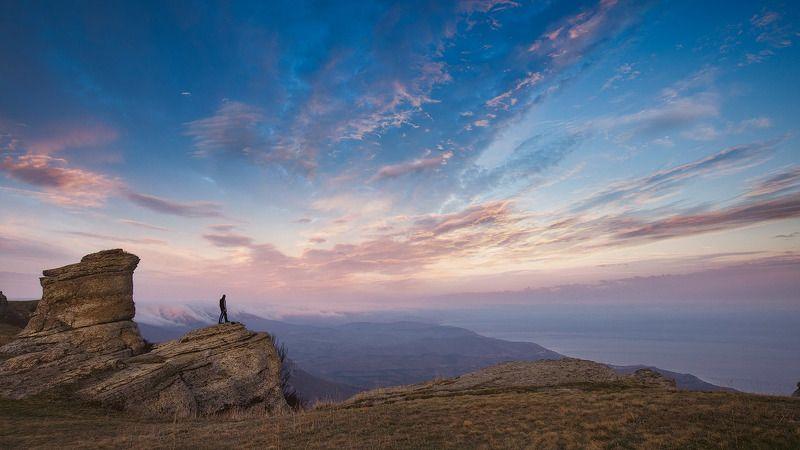 крым,демерджи, вечер,скалы, гора, ландшафт,пейзаж,солнце,горы, долина, туман,море, Вечер на Демерджиphoto preview