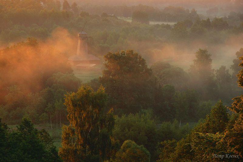 истра, мельница, рассвет Оранжевый туманphoto preview