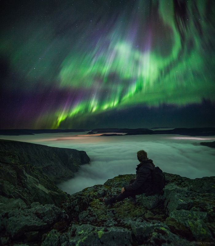 пейзаж,сияние,аврора,звезды,человек,россия,панорама,туман,горы,хибины,кольский,север Прогулки по Хибинамphoto preview