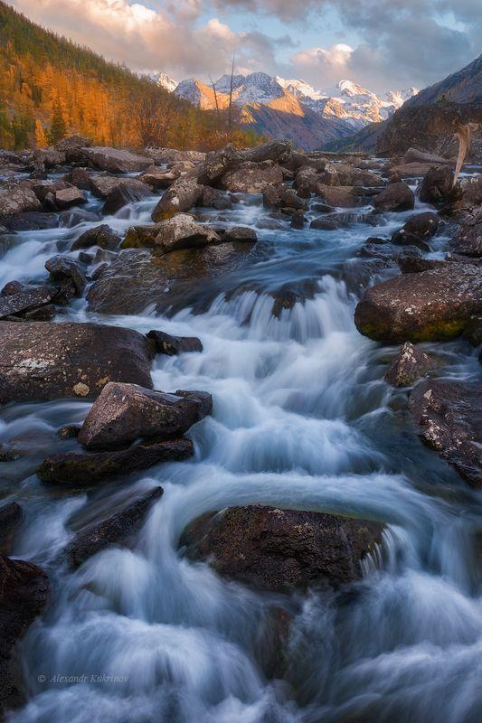 пейзаж, алтай, осень, шумы Шумы, система водопадов, соединяющая среднее и нижнее Мультиские озёра...(Алтай, сентябрь 2017)photo preview