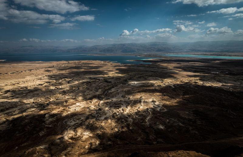 В пустыняхphoto preview