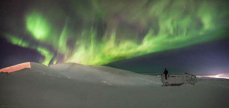 пейзаж,панорама,сияние,ночь,россия,хибины,человек,звезды,снег,зима,горы,кольский Наблюдательphoto preview