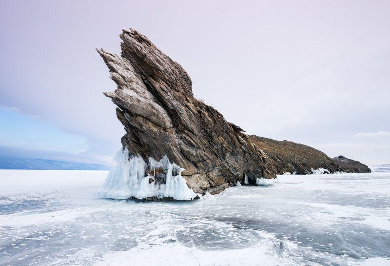 ...Лёд и скалы Байкала...2photo preview