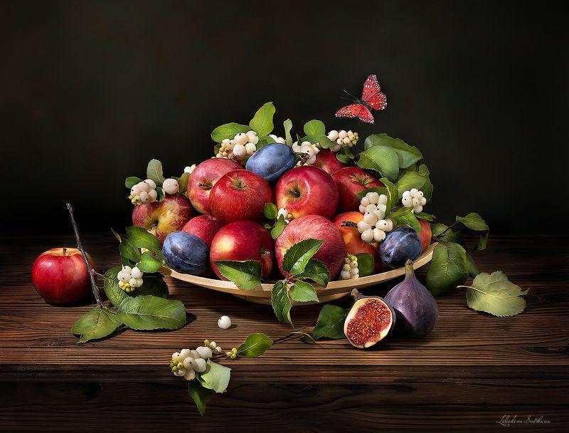 яблоки,сливы,фрукты,выпечка,еда,цветы Яблочные натюрмортыphoto preview