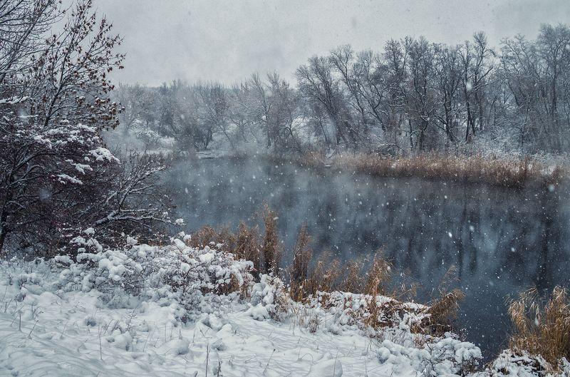 А снег всё шёл...photo preview