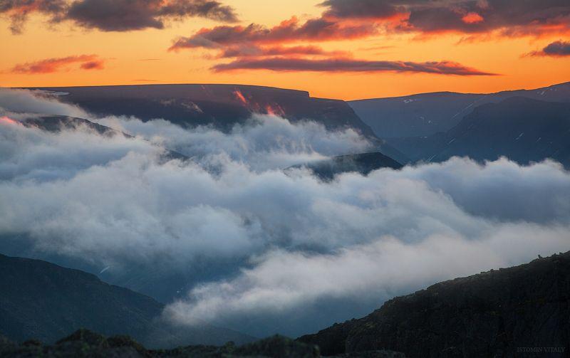 пейзаж,хибины,россия,туман,горы,кольский север,закат,небо,цвет,лето Хибиныphoto preview