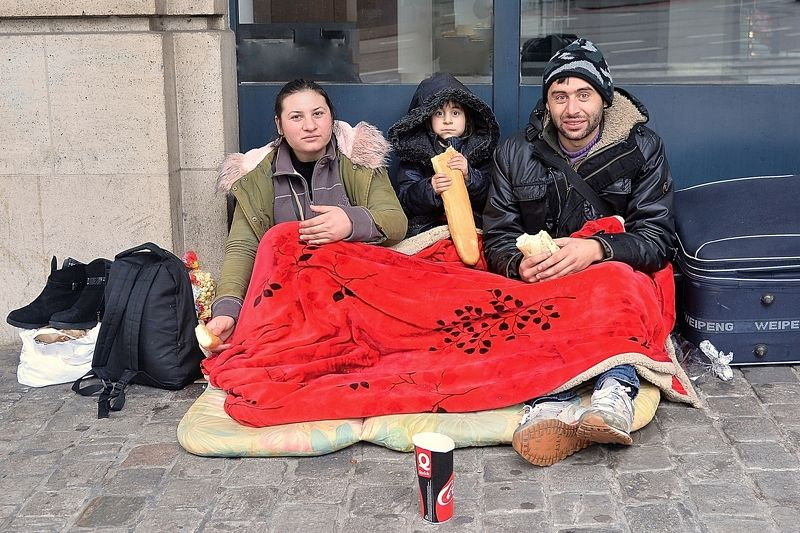 The beggars of Brussels.photo preview