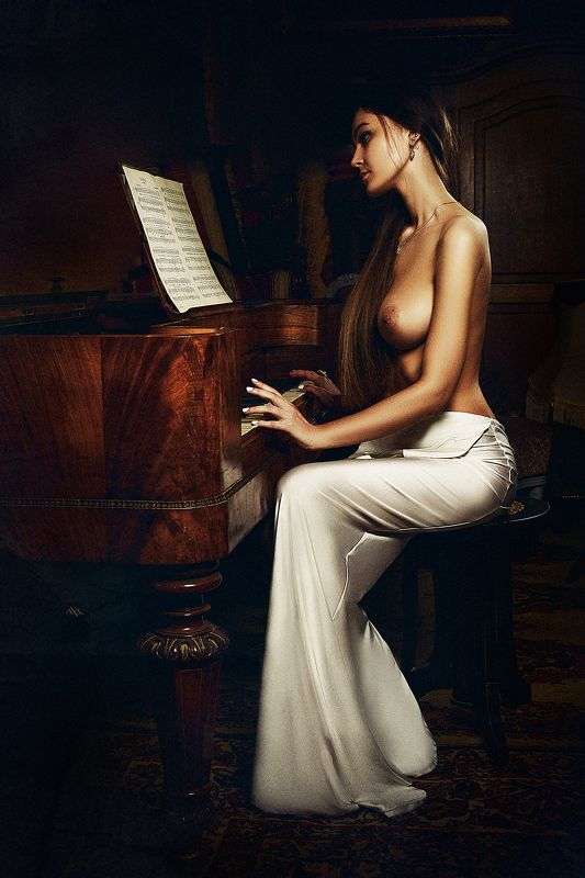 woman, nude, studio, light, beauty, music When song ends melody lingers onphoto preview