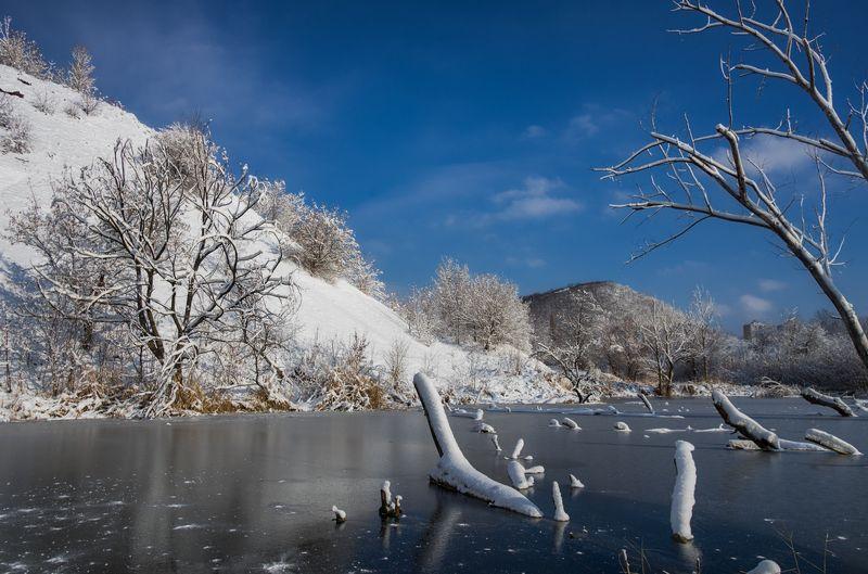 На замерзшем пруду....photo preview