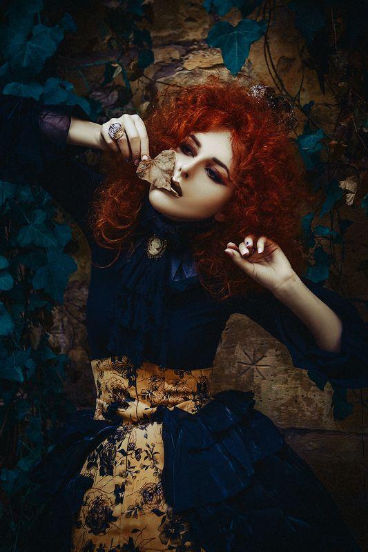 woman, portrait, natural light, art Alice in Wonderlandphoto preview
