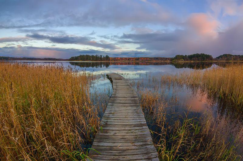 озеро ладога карелия вечер облака берег мостик Мостикphoto preview
