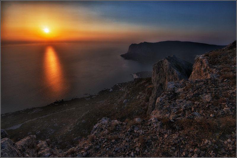 крым, осень, вечер, скалы, море, солнце, дорожка, г.ильяс-кая Утомлённое солнце...photo preview
