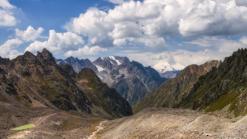Куллумкол с видом на Эльбрус  photo preview