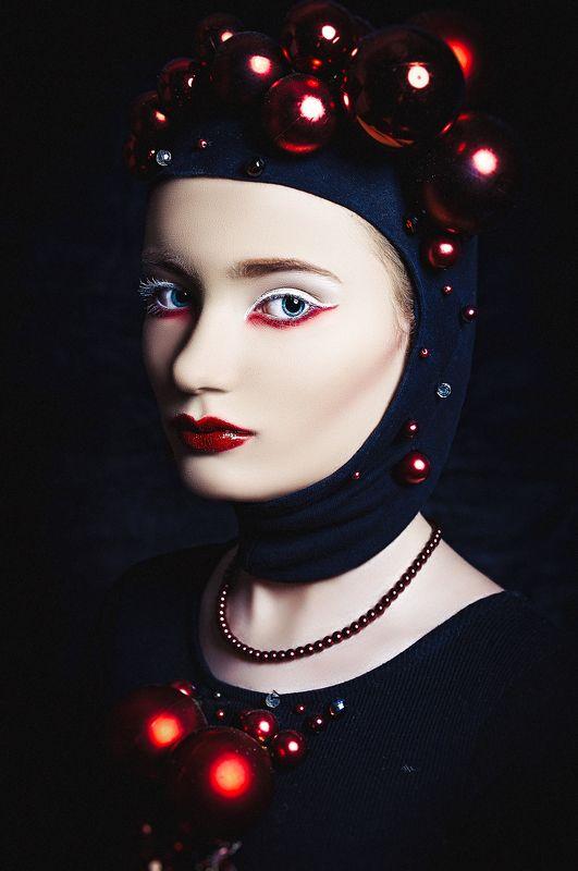 woman, portrait, fashion, studio Christmas fashionphoto preview
