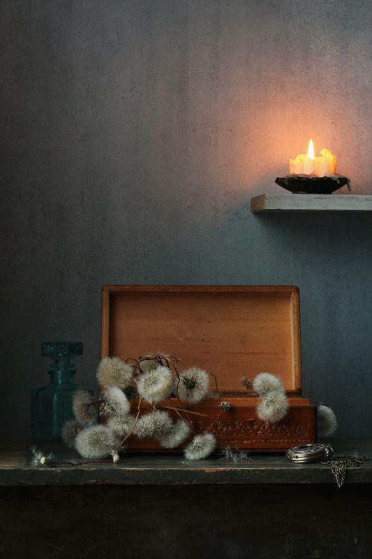 натюрморт, одуванчики, воспоминания, шкатулка, свеча, лето Воспоминания о лете..photo preview