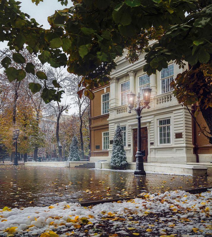 город, архитектура, осень, зима, снег, листья Скваеры и Месгрейвыphoto preview