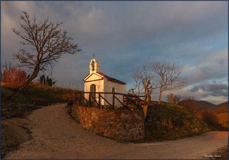часовня, италия, эвганские холмы, утро, торелья,chiesetta degli alpini, euganean hills,landscapes,italy,sky. Альпийская часовня.photo preview