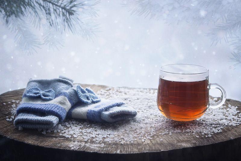 натюрморт, напитки, зима, мороз, снег, пенек, художественное фото, митенки, кружка чая Зимний чайphoto preview
