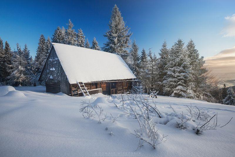 frozen, winter, snow, light, sunset, poland, mountains, orange, colours, silesia, travel, explore, adventure, gorce, sunrise Polish winterphoto preview