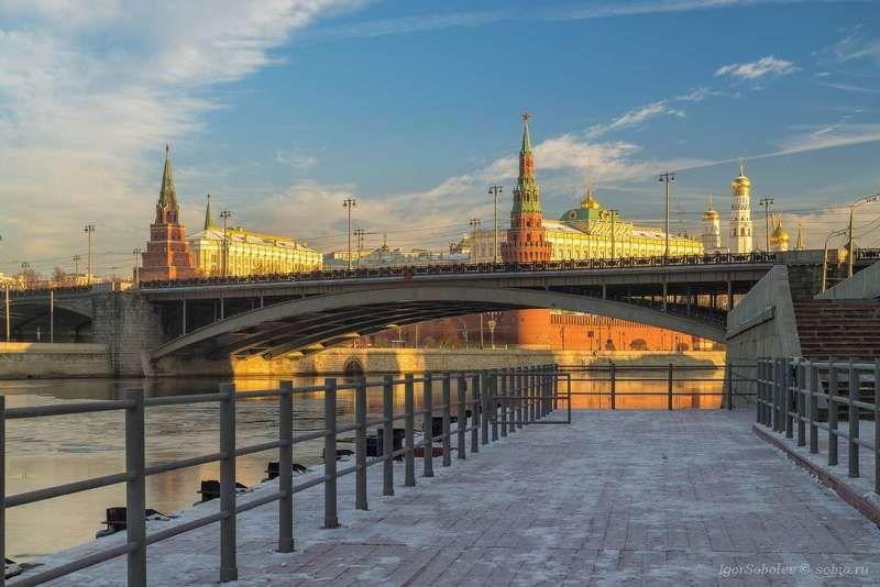 москва, кремль, утро, большой каменный мост, москва-река, moscow, kremlin, morning,great stone bridge, moscow river, Солнечное утро кремляphoto preview
