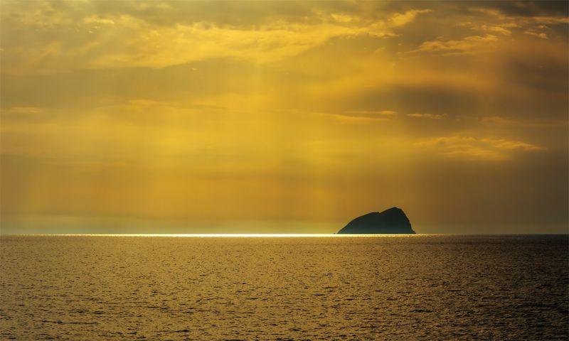 природа, остров, море, свет, закат, Светphoto preview