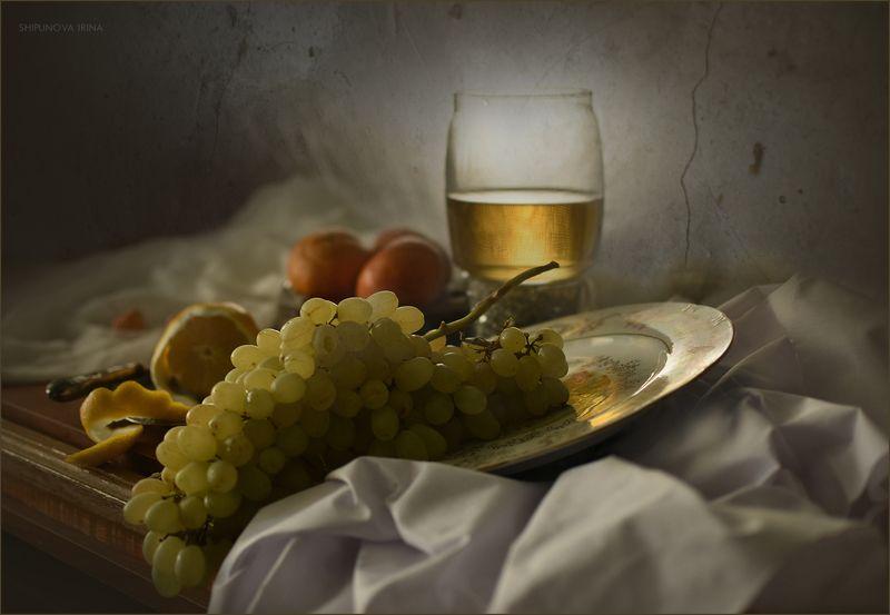 С виноградомphoto preview