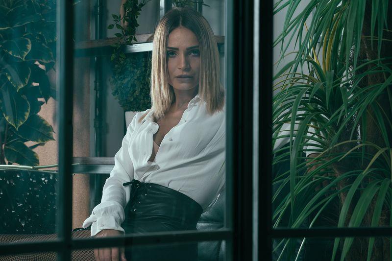 portrait Ninaphoto preview