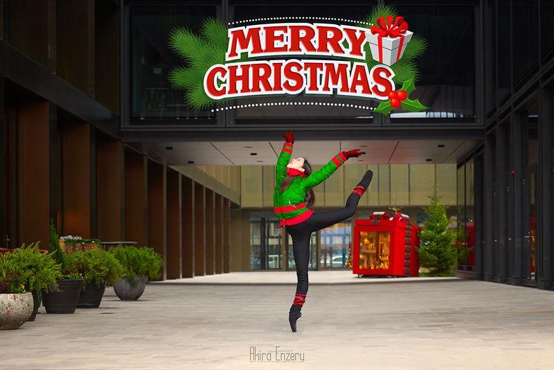 ballerina, dance, dancing, portrait, street, outdoor Счастливого рождества!photo preview