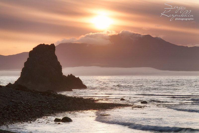 магаданская область, охотское море, полуостров кони, остров завьялова От мыса Таран к острову Завьялова.photo preview