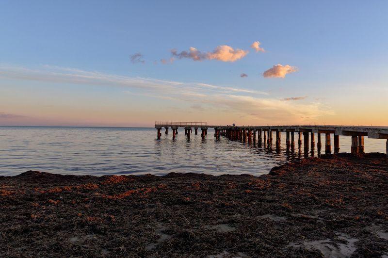 Вечер у моряphoto preview