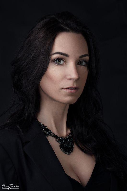 портрет, модель, студия Маринаphoto preview