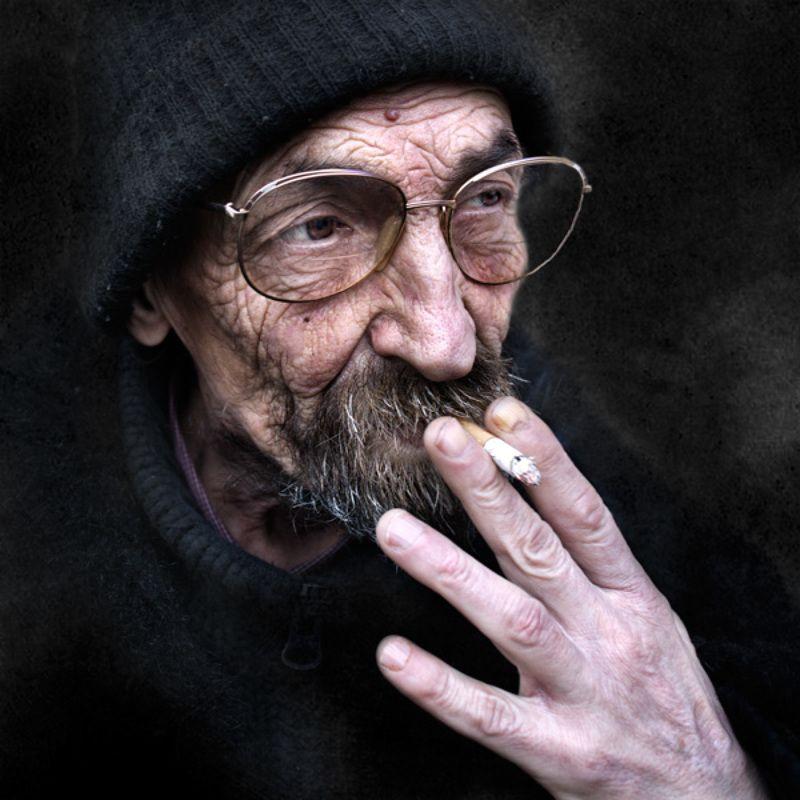 улица ,город ,люди ,лица ,портрет ,санкт-петербург, street photography привычкаphoto preview