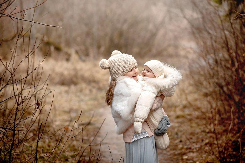 девочки, ноябрь, осень, природа, сестры Сестрыphoto preview