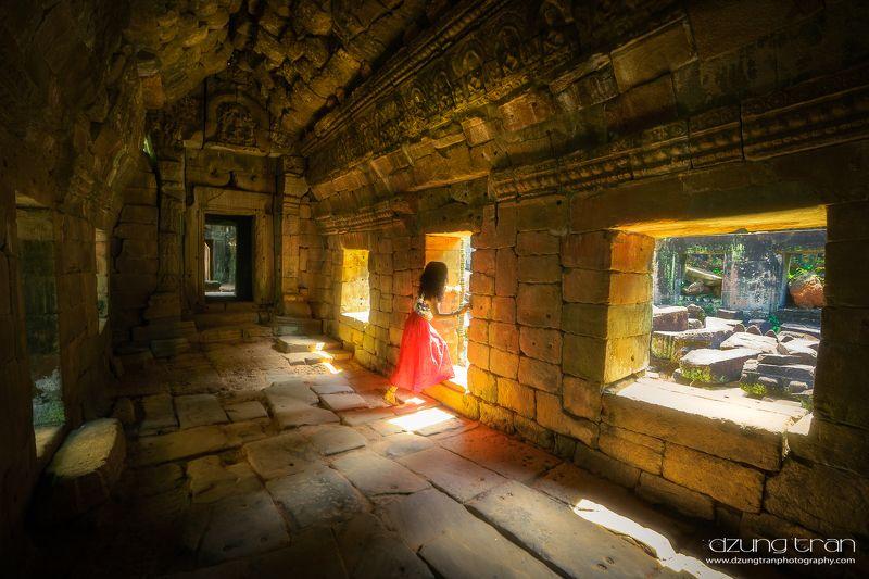 Explore the civilization of Angkorphoto preview