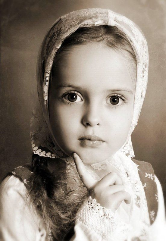 портрет, девочка Аленушкаphoto preview
