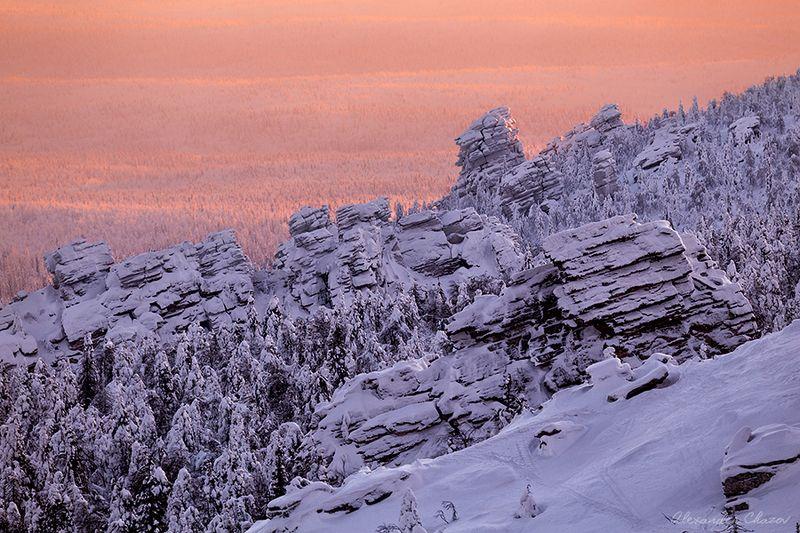 пейзаж, урал, зима, скалы, тайга, вечер Вечерние краски седого Уралаphoto preview