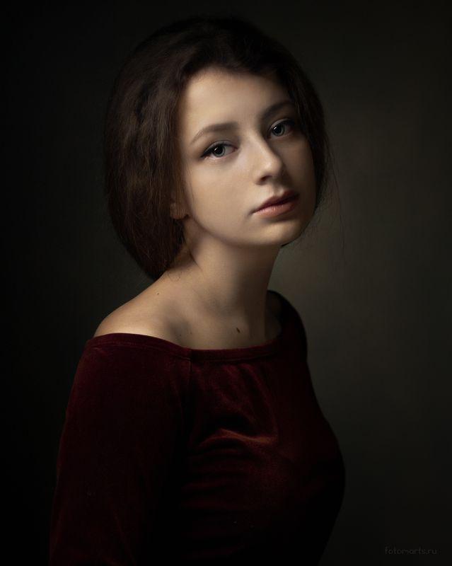 портрет, portrait Полинаphoto preview