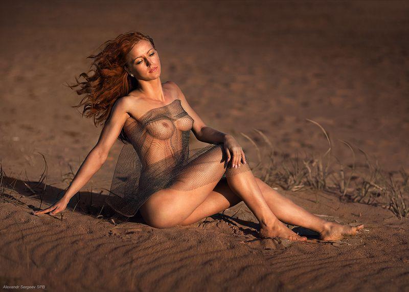 девушка, грусть, настроение,природа,закат,гармония,обнажённая Этюд на закатеphoto preview