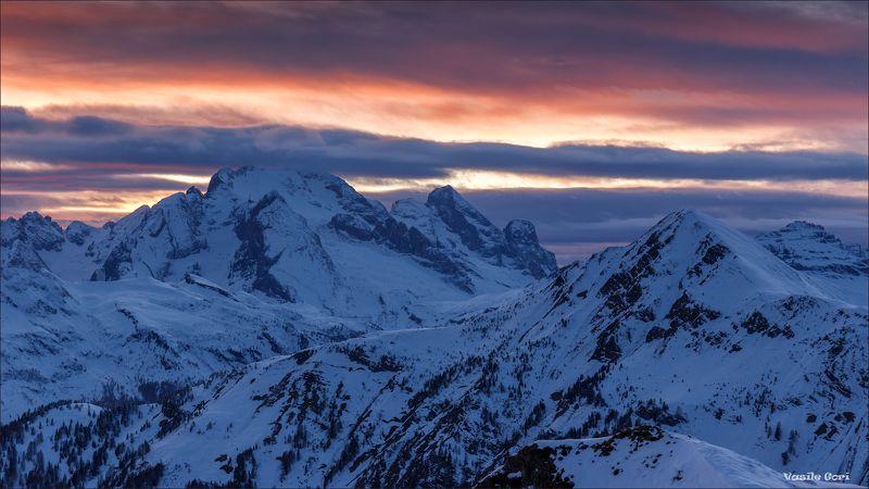 перевал giau,доломитовые альпы,италия,закат,снег. Снежное безмолвие.photo preview