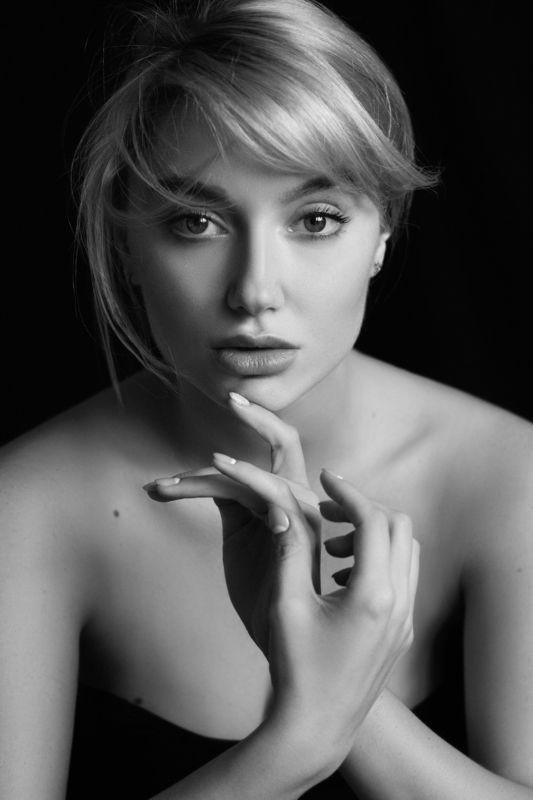 portrait, портрет, девушка, глаза, глаза зеркало души, bw, чб, черно-белое Annaphoto preview