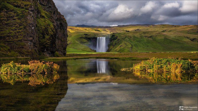 У водопада Skogafossphoto preview