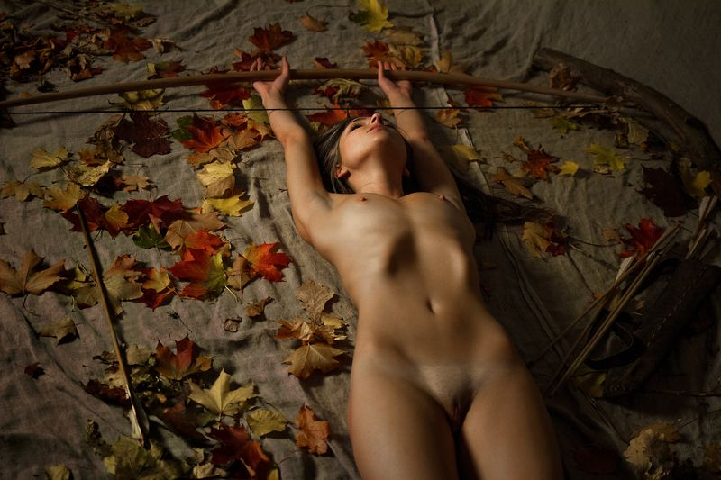 fine art nudes Huntress Autumnphoto preview