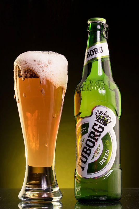 glass, studio, Алкоголь, бокал, бутылка, капли, Мелитополь, напиток, пена, пиво, реклама, стекло, студия, Alcohol, bottle, drops, фотограф Мелитополь, beer, melitopol, tuborg, туборг, реклама, beer,  Пивоphoto preview
